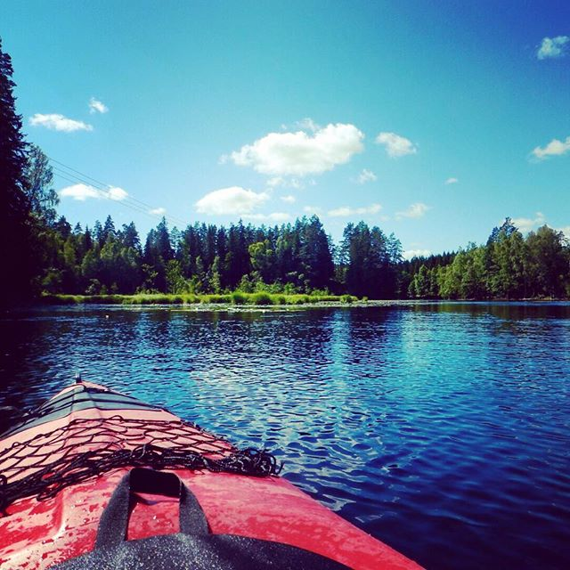 paddling through sweden. #sweden #kyrkekvarn #kajak #paddle #lake #forest #outdoor #extendyourplayground
