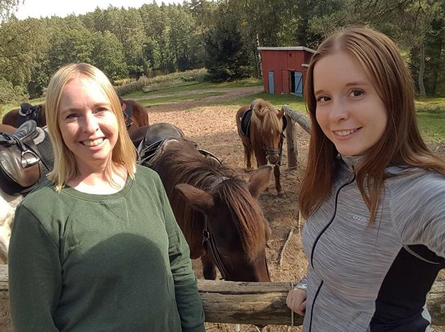Två timmars härlig ritt i skogen på Islandshästar blev det idag #kyrkekvarn #hästar